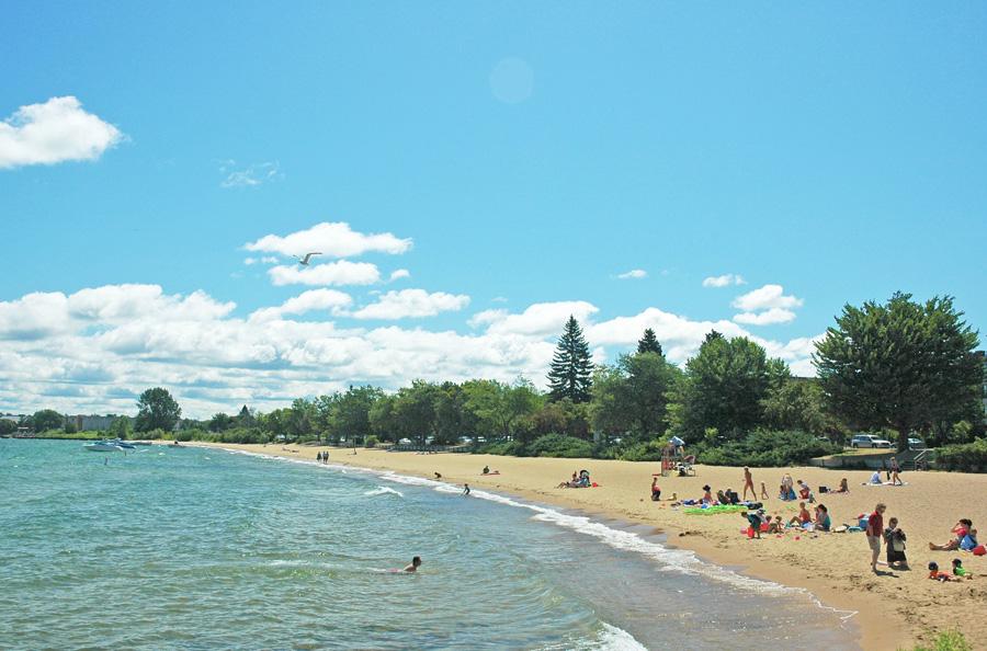 Clinch Park Beach. Photo courtesy of Traverse City Tourism.