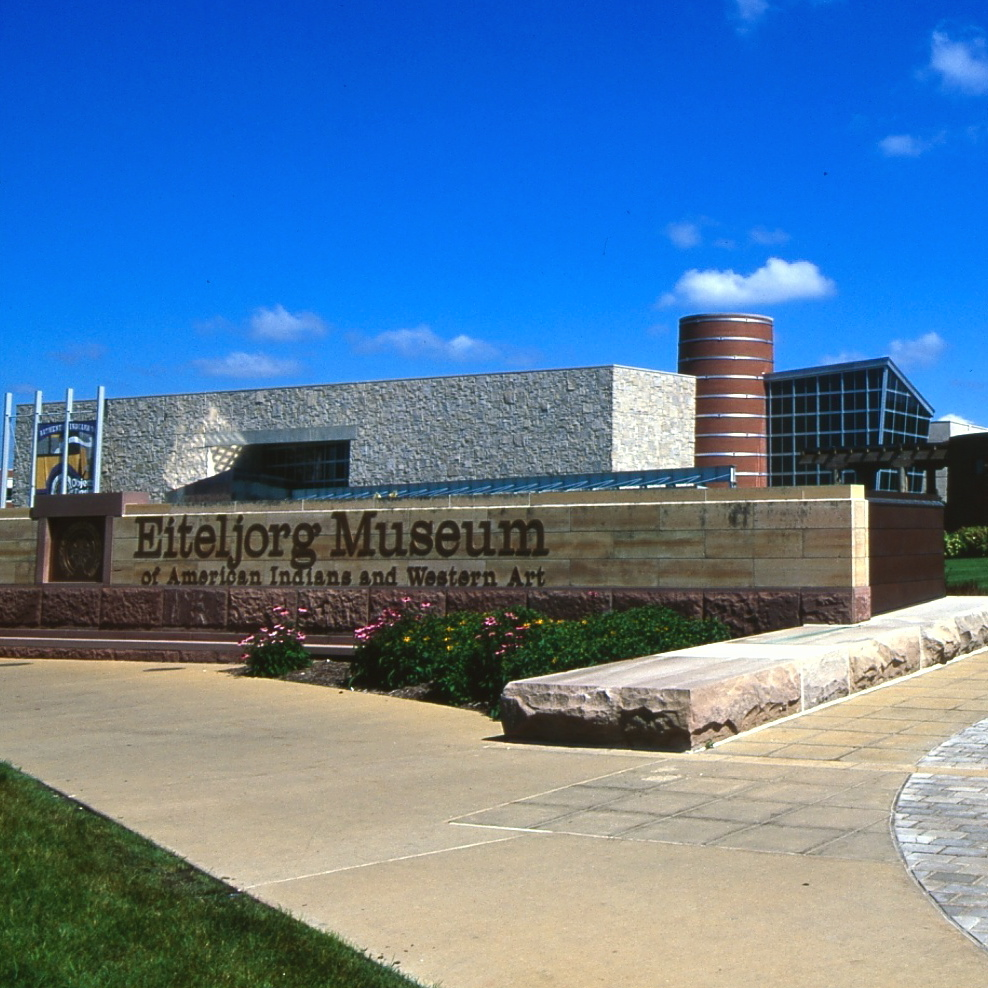 Indianapolis: The Eiteljorg Museum of American Indians and Western Art