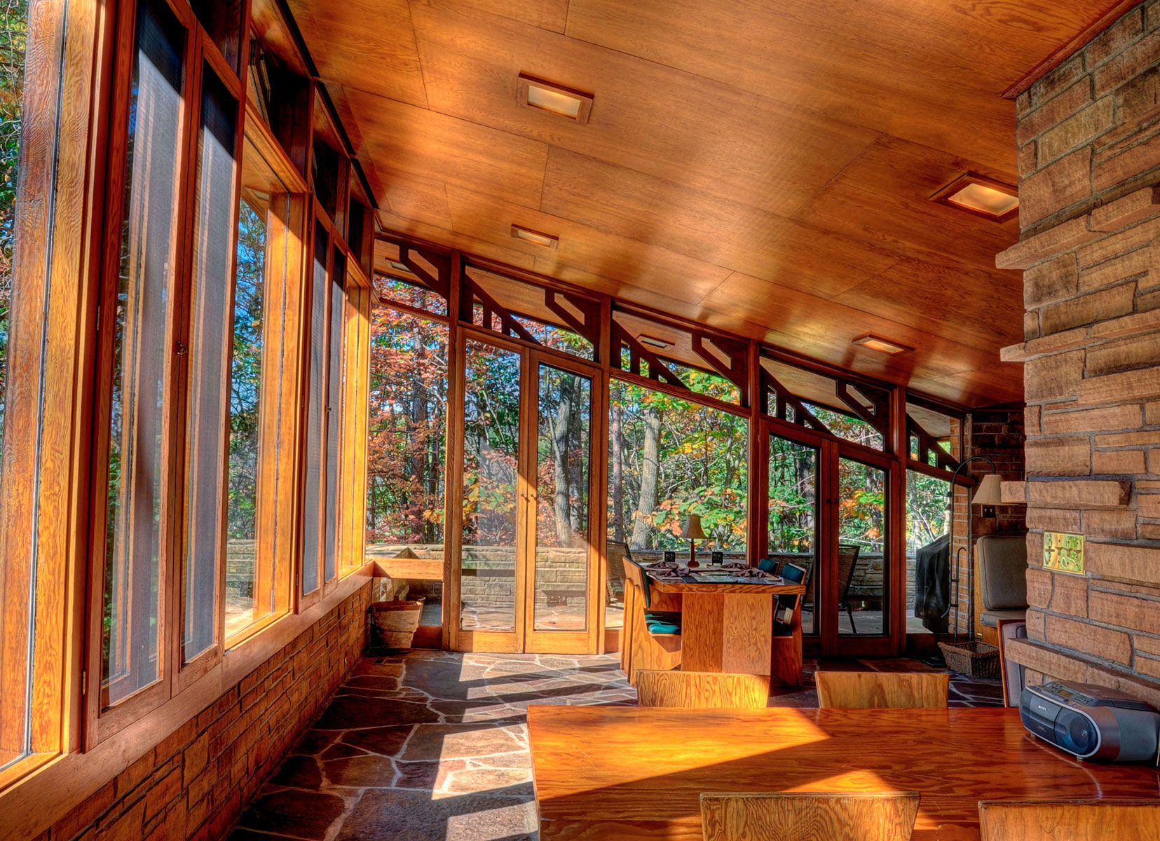 Seth Peterson Cottage interior