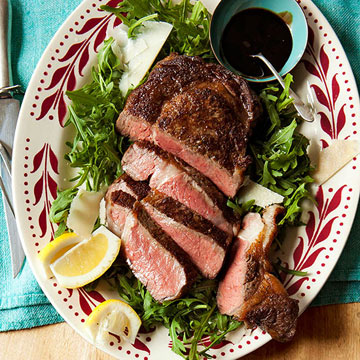 Steak with Arugula and Tangy Glaze