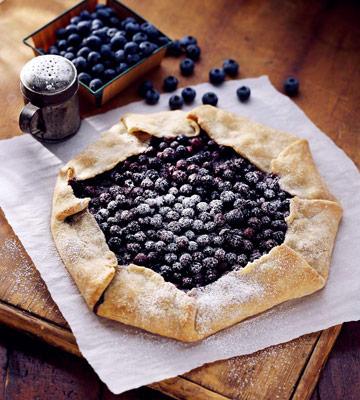 Finnish Blueberry Pie (Mustikkapiirakka)