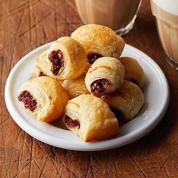 Cranberry-Date Puffs