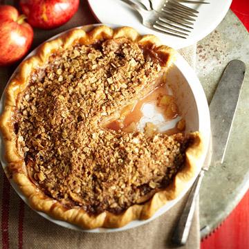 Crumb-Topped Apple Trio Pie