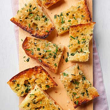 Cheesy Chive Garlic Bread