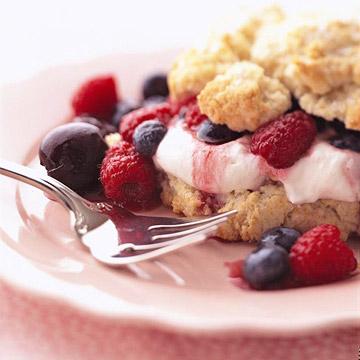 Cherry-Berry Rich Shortcakes