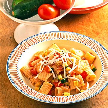 Mini Rigatoni With Fresh Vegetables