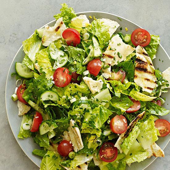 Middle Eastern Chopped Salad (Fattoush)