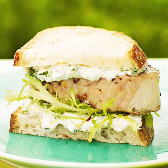 Tuna Burger au Poivre