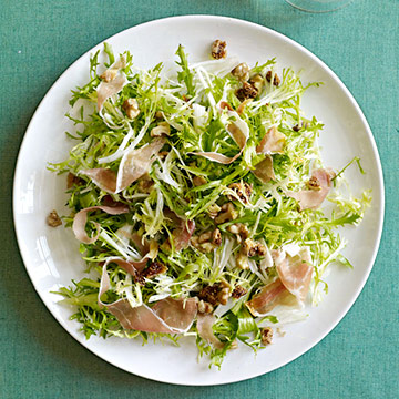 Frisee, Figs and Prosciutto with Walnut Vinaigrette