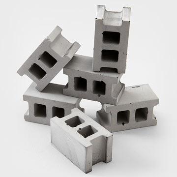 Fred_Flare_concrete_block_magnet.jpg