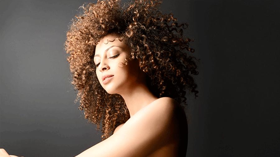 How to Style Kinky Hair