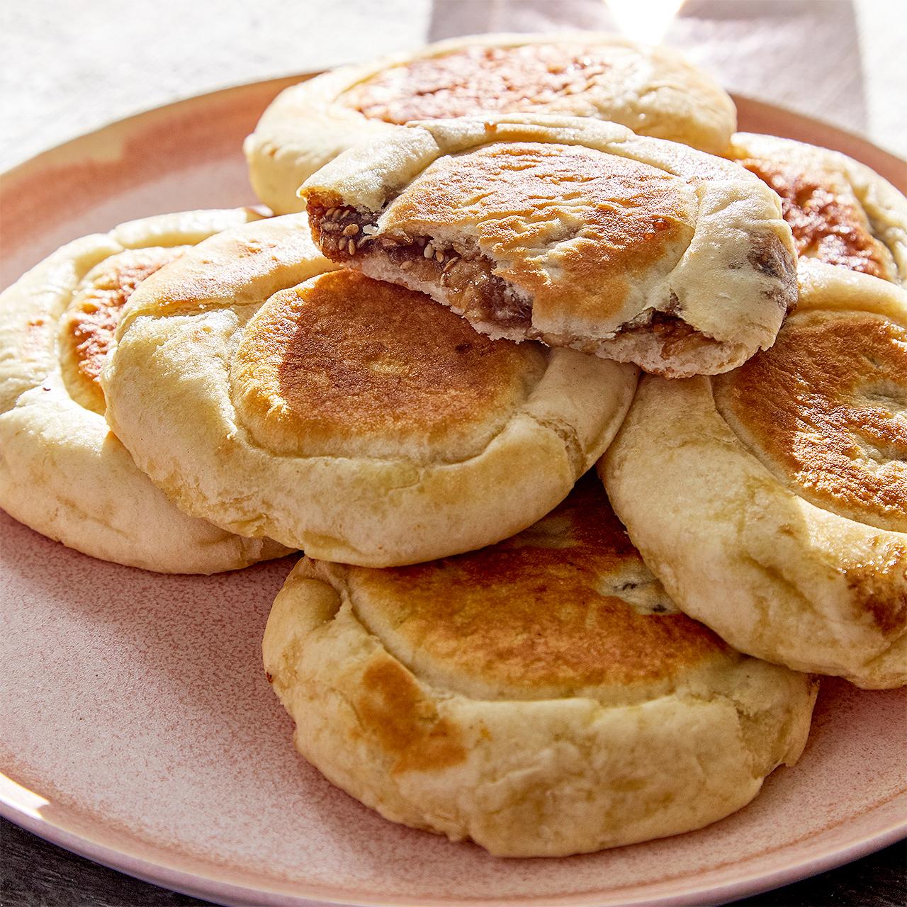 Hotteok: Korean Dessert Pancakes
