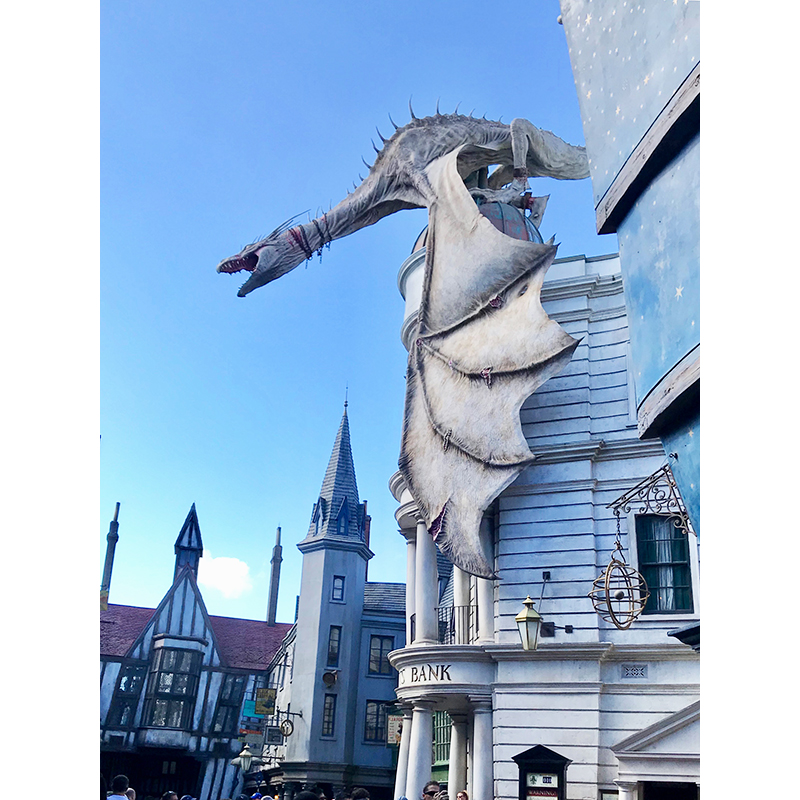 Harry Potter dragon on top of Gringotts at Universal Orlando