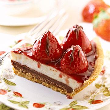 Berry Delicious Black Bottom Pie
