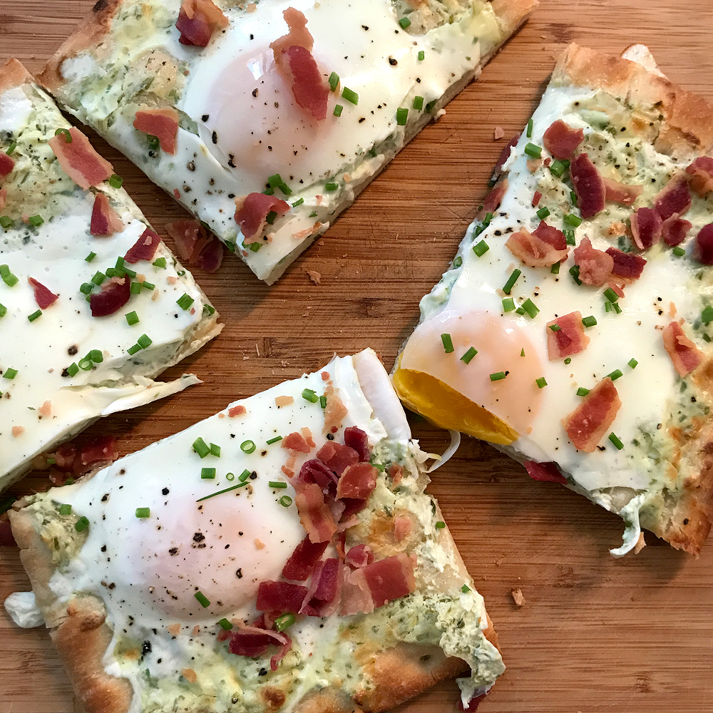 bacon egg and cheese pizza