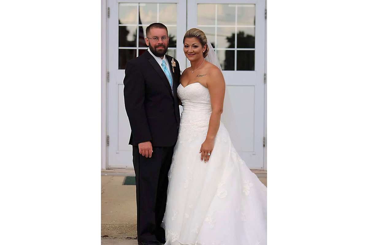 Melissa Mountain AFTER weight loss, at wedding with husband