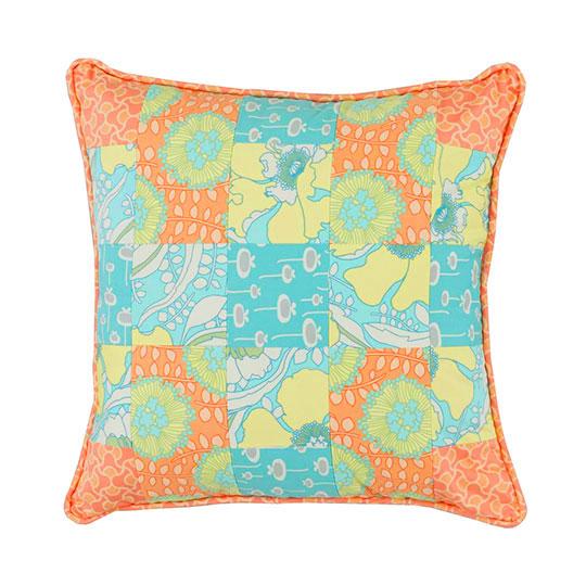 img_patchwork-pillowlg_1.jpg