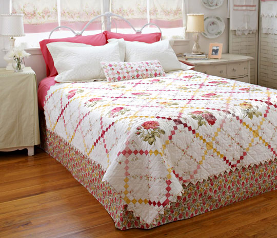 Sweet Retreat Bed Quilt
