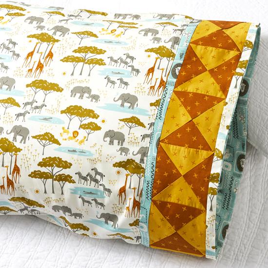 Moda Fabrics - Pillowcase 82: Bowtie Band