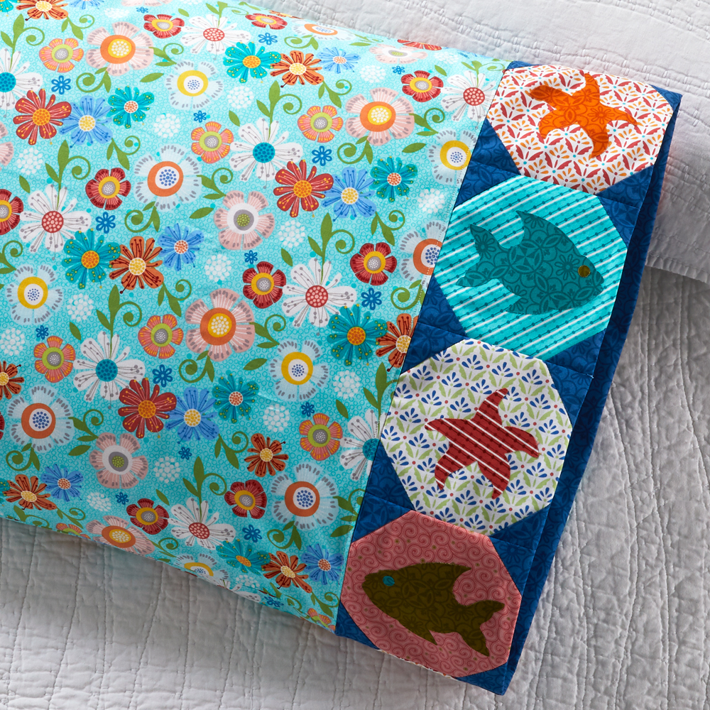 Benartex - Pillowcase 85: Fish Appliqué