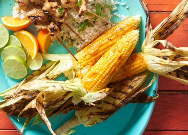 Grilled corn with limes