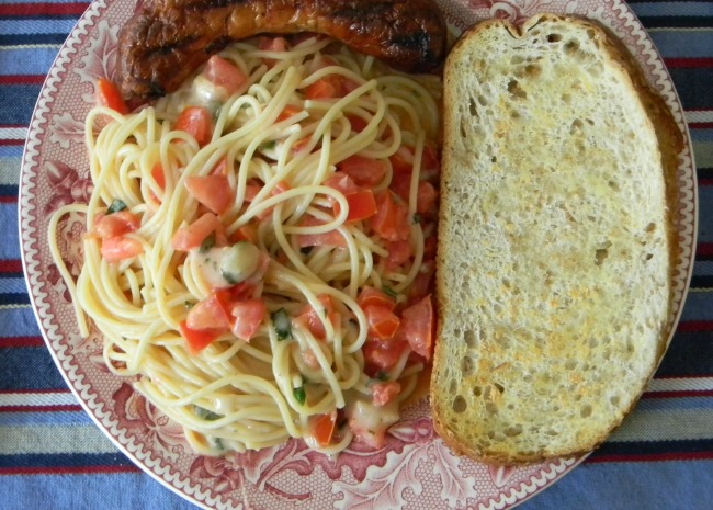432654_Summer-Pasta-with-Basil-Tomatoes-and-Cheese_Photo-by-travlingranny.jpg