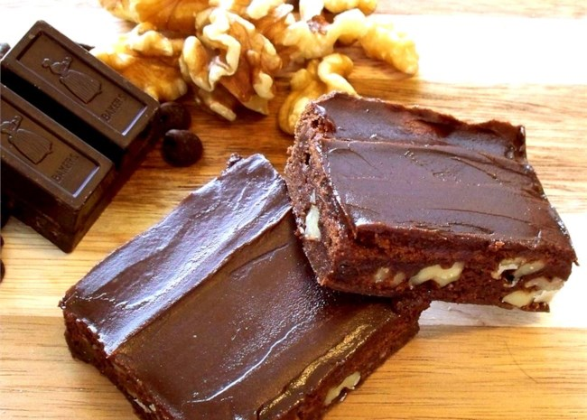 Scrumptious Frosted Fudgy Brownies