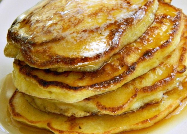 Simple Cottage Cheese Pancakes