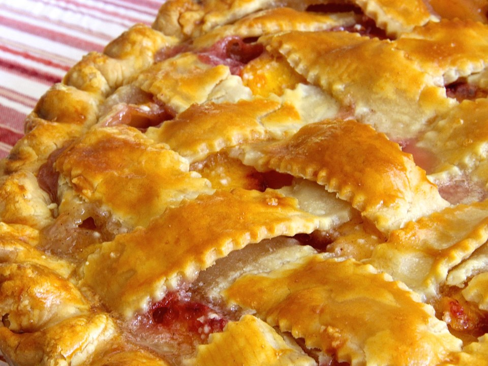 1362004_Peach-Pie-The-Old-Fashioned-Way_Photo-by-lutzflcat.jpg