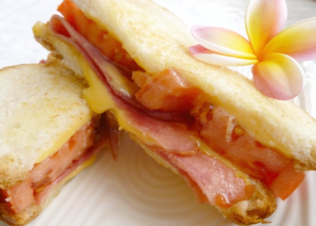 Tomato Bacon Grilled Cheese