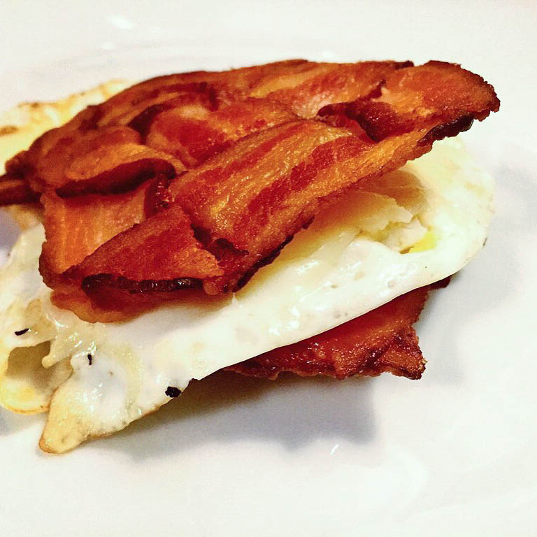 Bacon-Weave-Egg-and-Cheese-Sandwich-Photo-by-Wicked-Stuffed.jpg