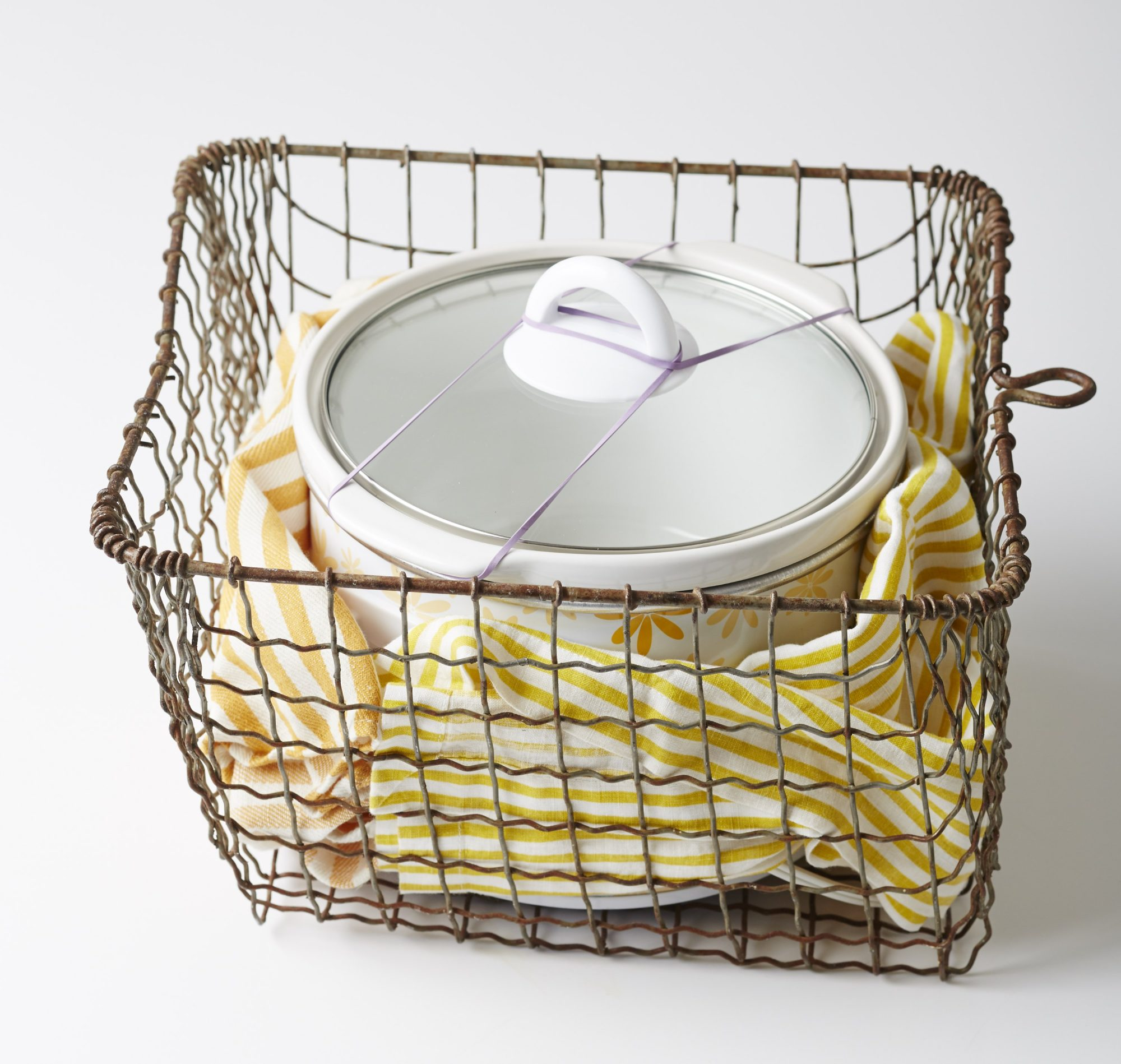 Basket for Carrying Slow Cooker
