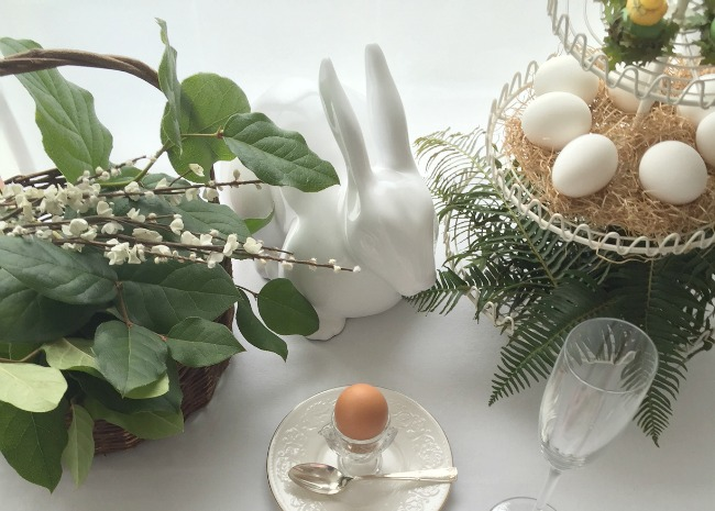 easter-place-setting-2-photo-by-vanessa-greaves-650x465