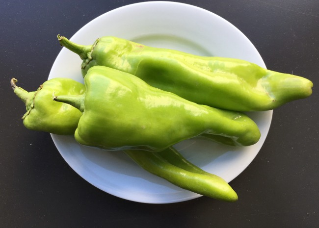cubanelle peppers photo by Leslie Kelly