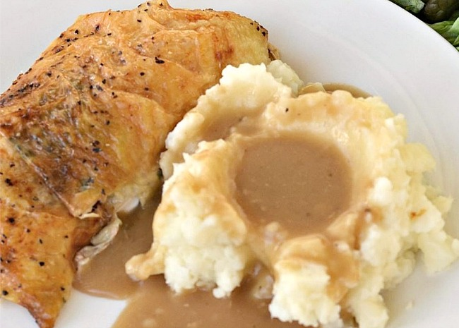Roast Chicken Pan Gravy
