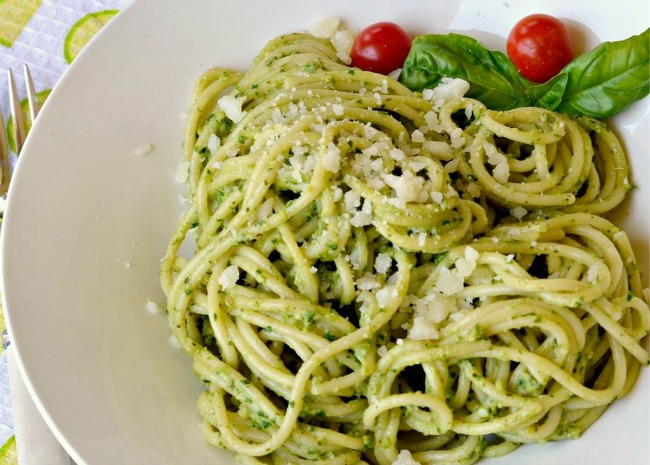 Light Lemon Pesto Pasta