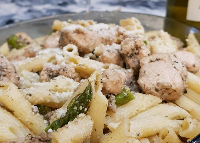 Penne with Chicken & Asparagus