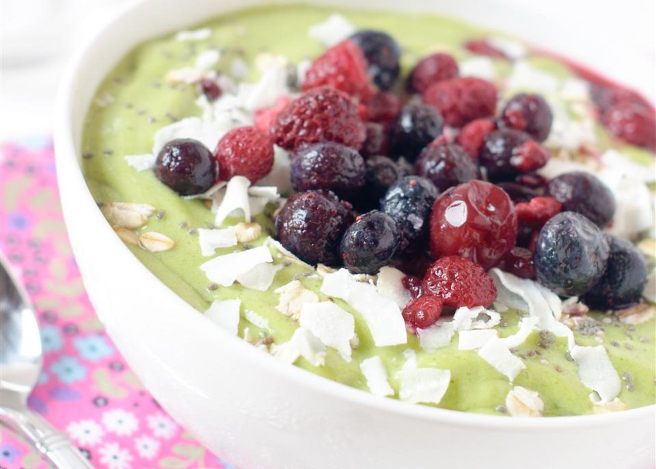 14 Healthy Breakfast Bowl Ideas to Start Your Morning Right