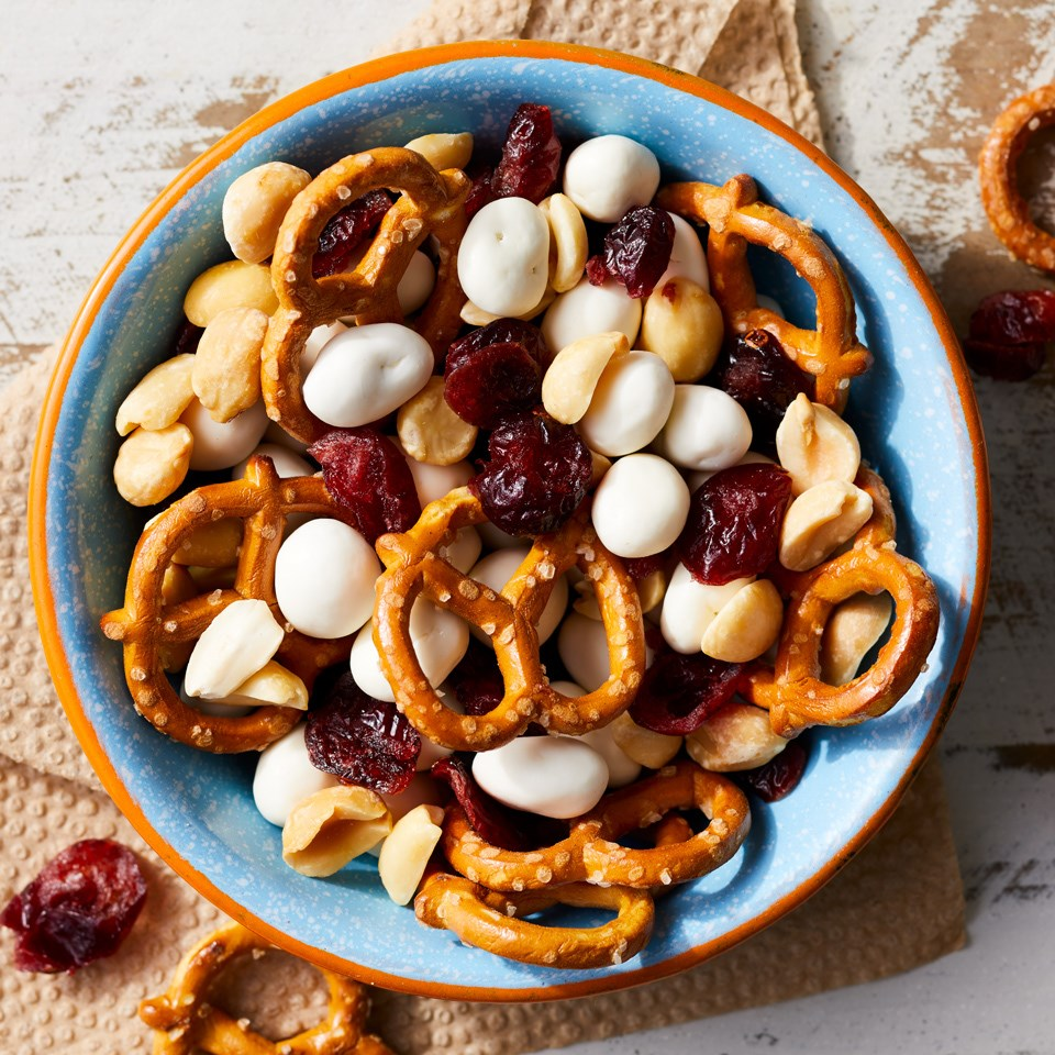 Fruit & Nuts Snack Mix