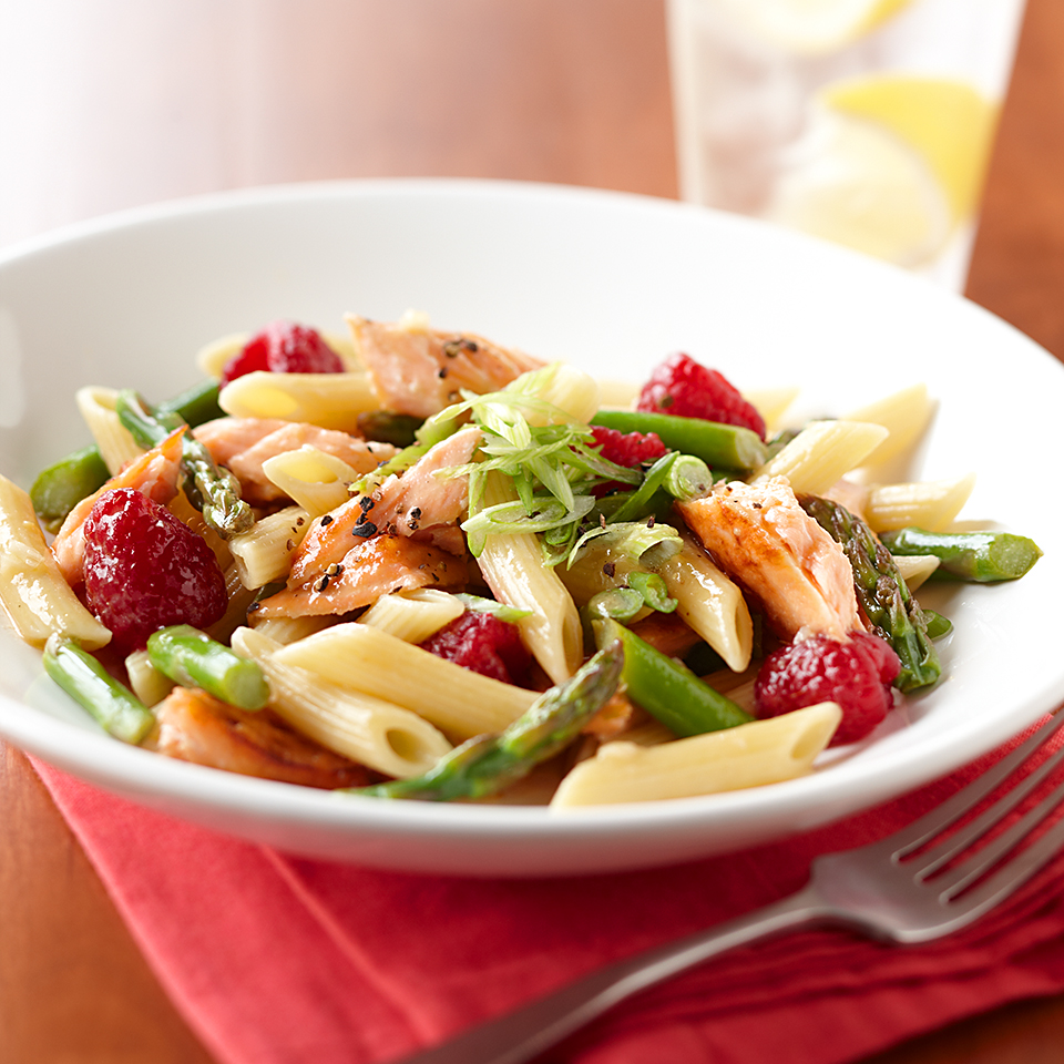 Grilled Salmon Penne Salad with Raspberry Vinaigrette