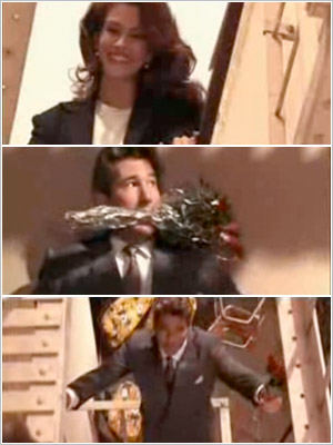 Richard Gere climbs up the fire escape to Julia Roberts ' window in Pretty Woman (1990).