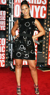 Alicia Keys | Between the hoop earrings and circle motif on her sequined dress, Keys had our heads spinning — and not in a good way.