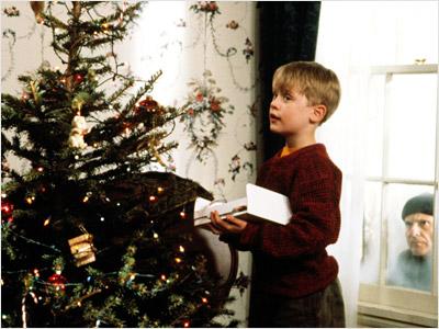 Home Alone, Macaulay Culkin | Home Alone 1&2 are my ''new'' Christmas classics. — Allie