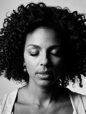 Lost, Marsha Thomason | MARSHA THOMASON (Naomi Dorrit) WHEN SHE DIED Season 4, episode 1 HOW SHE DIED Locke threw a knife into her back during her Widmore-sponsored mission…