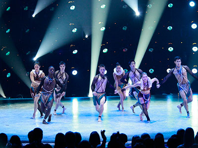 So You Think You Can Dance | RETURN TO A SMALLER STAGE In 2009, SYTYCD announced two big changes: The series would boast a new fall season — which would take place…
