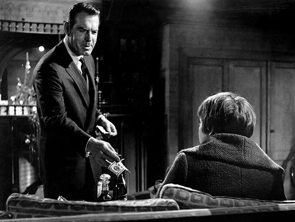 Fred MacMurray, The Apartment   Why I'd quit: As much of a nice guy as Jack Lemmon's character is in this pinnacle of romantic comedy, MacMurray's is equally a slimeball,…