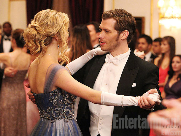The Vampire Diaries   Plec knows what you're thinking: ''Is that Caroline as Klaus's waltz partner? Where's Tyler?''