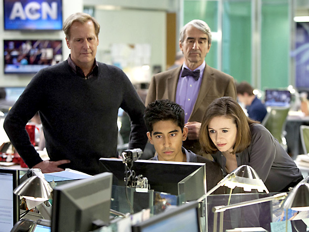 Aaron Sorkin's new HBO show, starring Jeff Daniels as an acerbic anchor who Sorkin insists isn't based on Keith Olbermann, debuts Sunday at 10 p.m.…