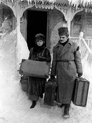 Julie Christie, Doctor Zhivago (Movie - 1965) | Doctor Zhivago (1965) What?s lovely and romantic about a man leaving his wife and child in the freezing-cold dead of winter to run off with…