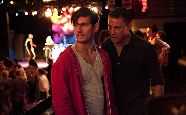 Mike (Channing Tatum) took Adam (Alex Pettyfer) under his wing, and made him one of the ''cock-rocking kings of Tampa.'' But Adam fell deep into…